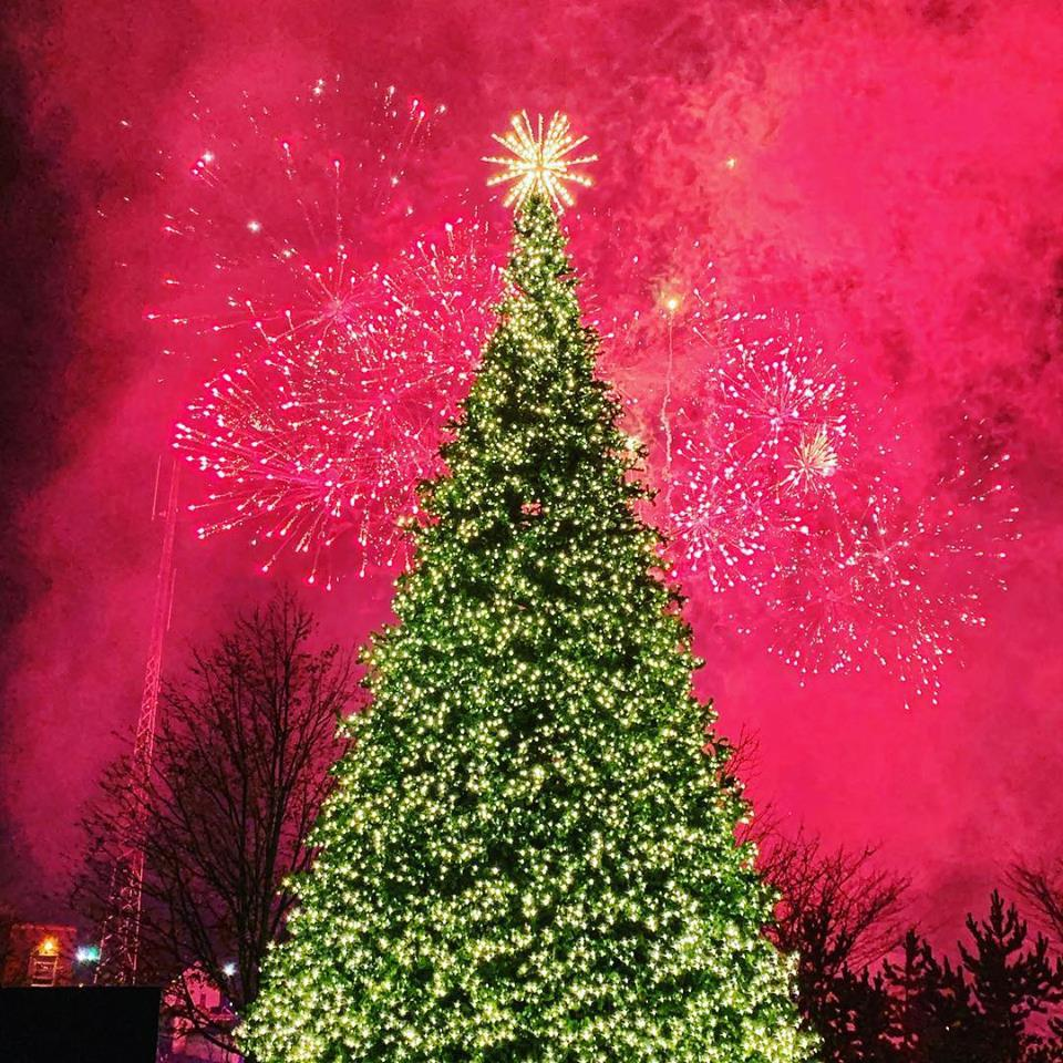Ashland Christmas Parade 2019.Blog Ashland Area Convention Visitors Bureau